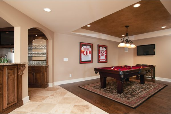 5 bar to pool table (5)