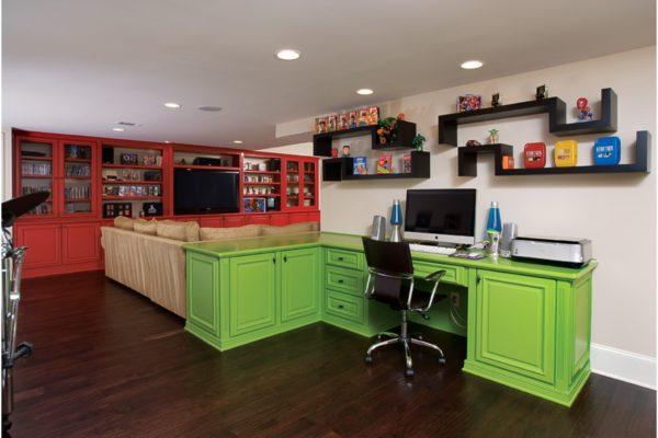 desk-to-bookcase