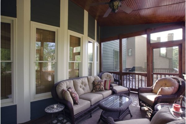 inside-porch-to-house