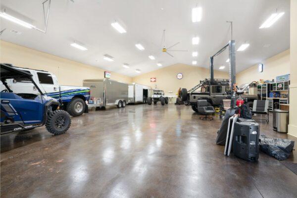 garage, man cave